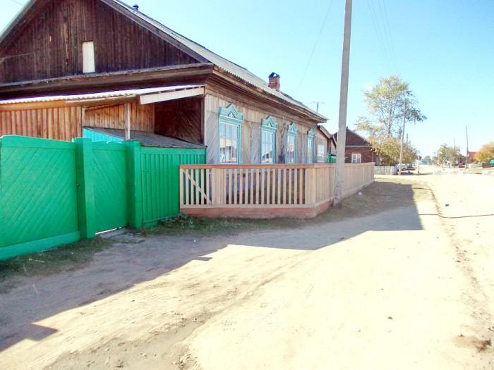 Гостевой дом расположен в поселке Усть-Баргузин, Ул.Горького, д.15
